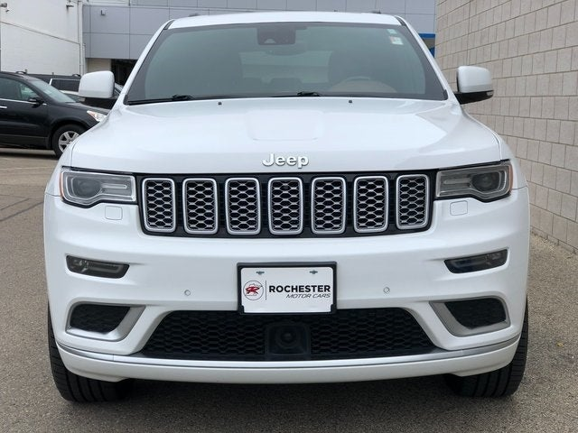 Used 2018 Jeep Grand Cherokee Summit with VIN 1C4RJFJG1JC214093 for sale in Rochester, Minnesota