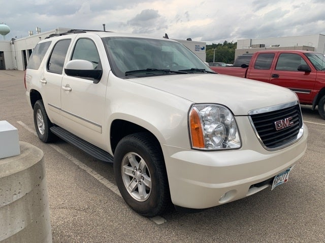 Used 2011 GMC Yukon SLT with VIN 1GKS2CE06BR109403 for sale in Rochester, Minnesota